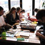 Ateliers dans les Cafés Le Divan Orange et la Casa del Popolo